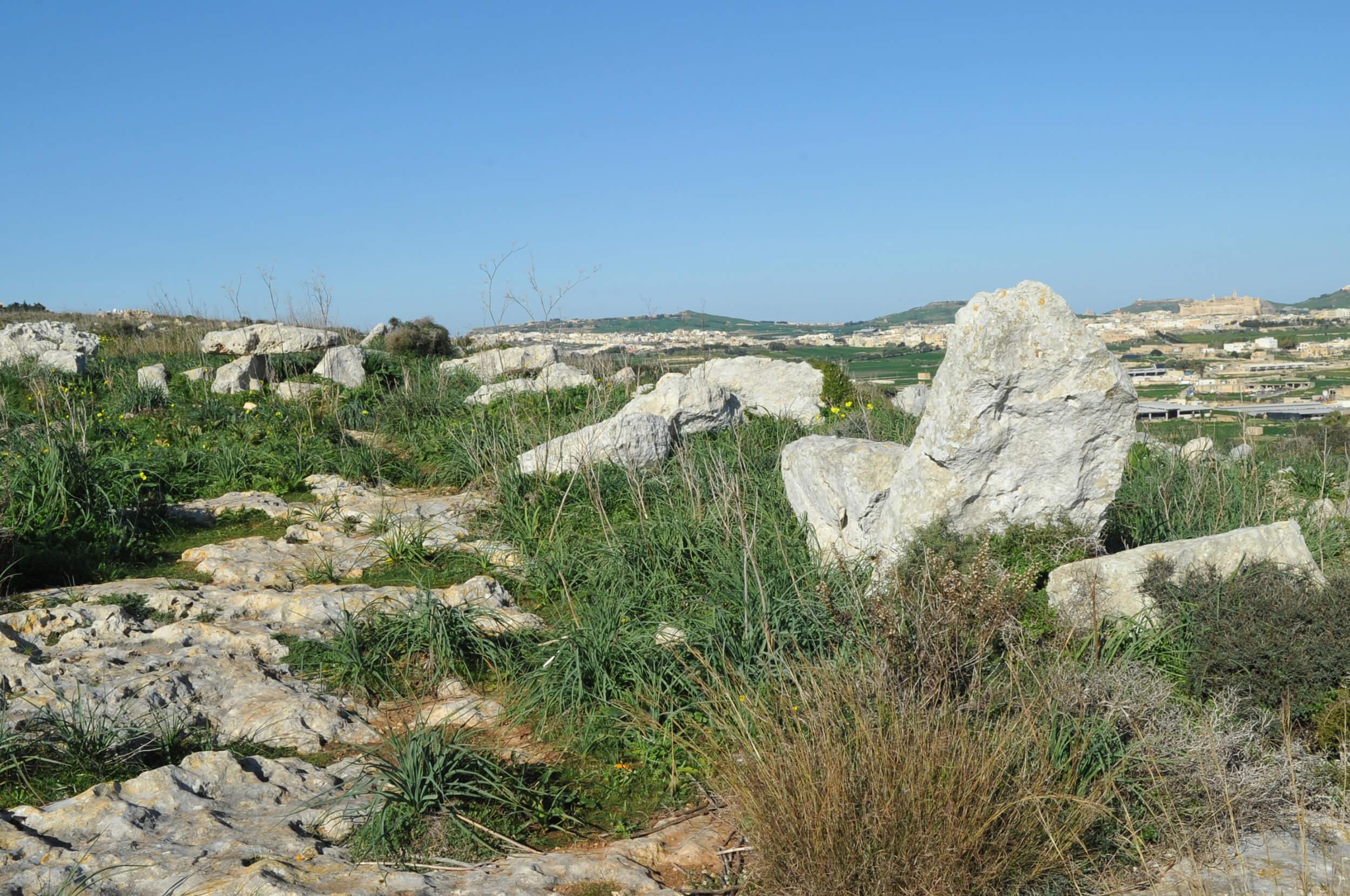 Ta' Ċenċ Tombs