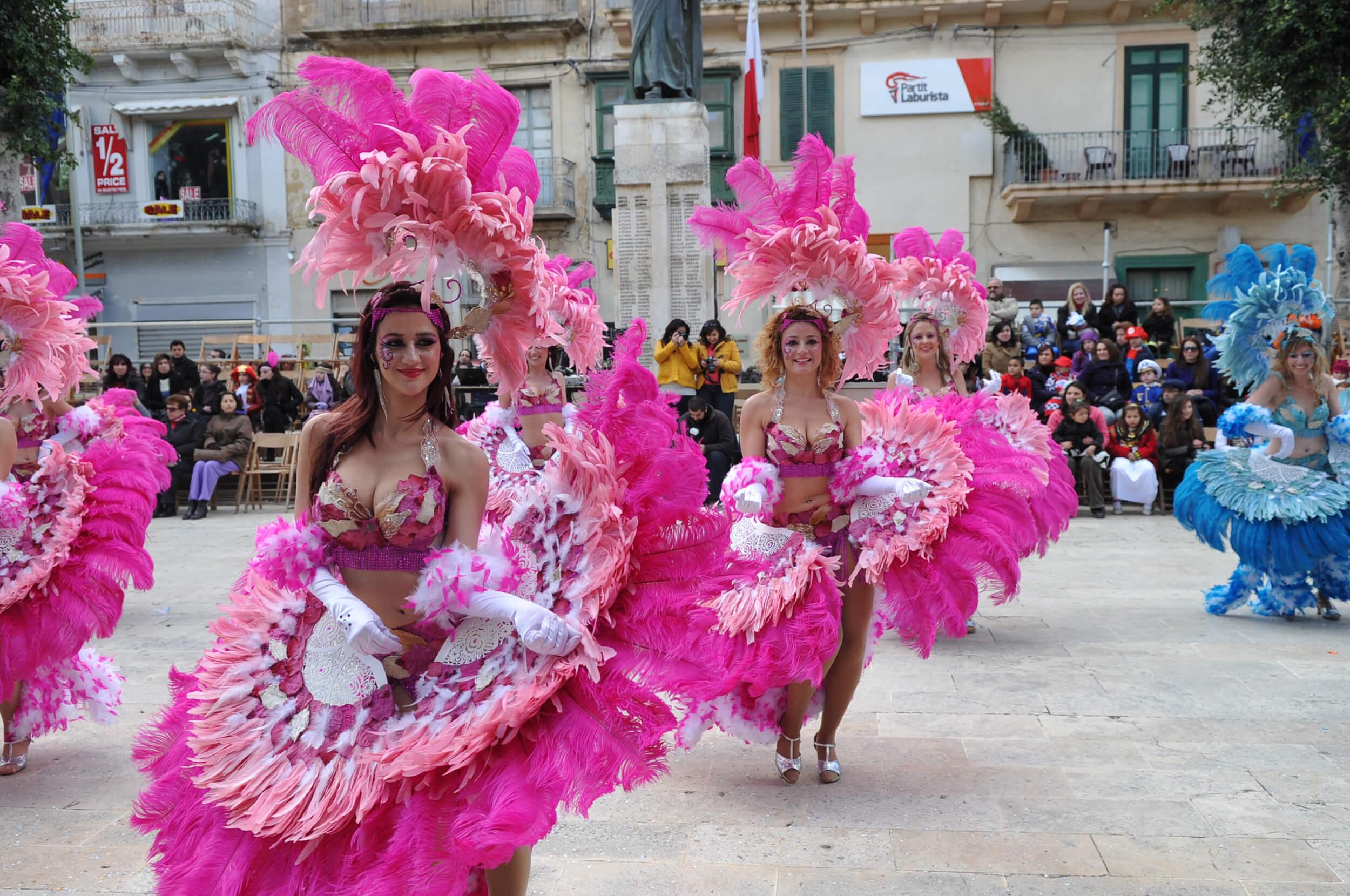 carnival-victoria