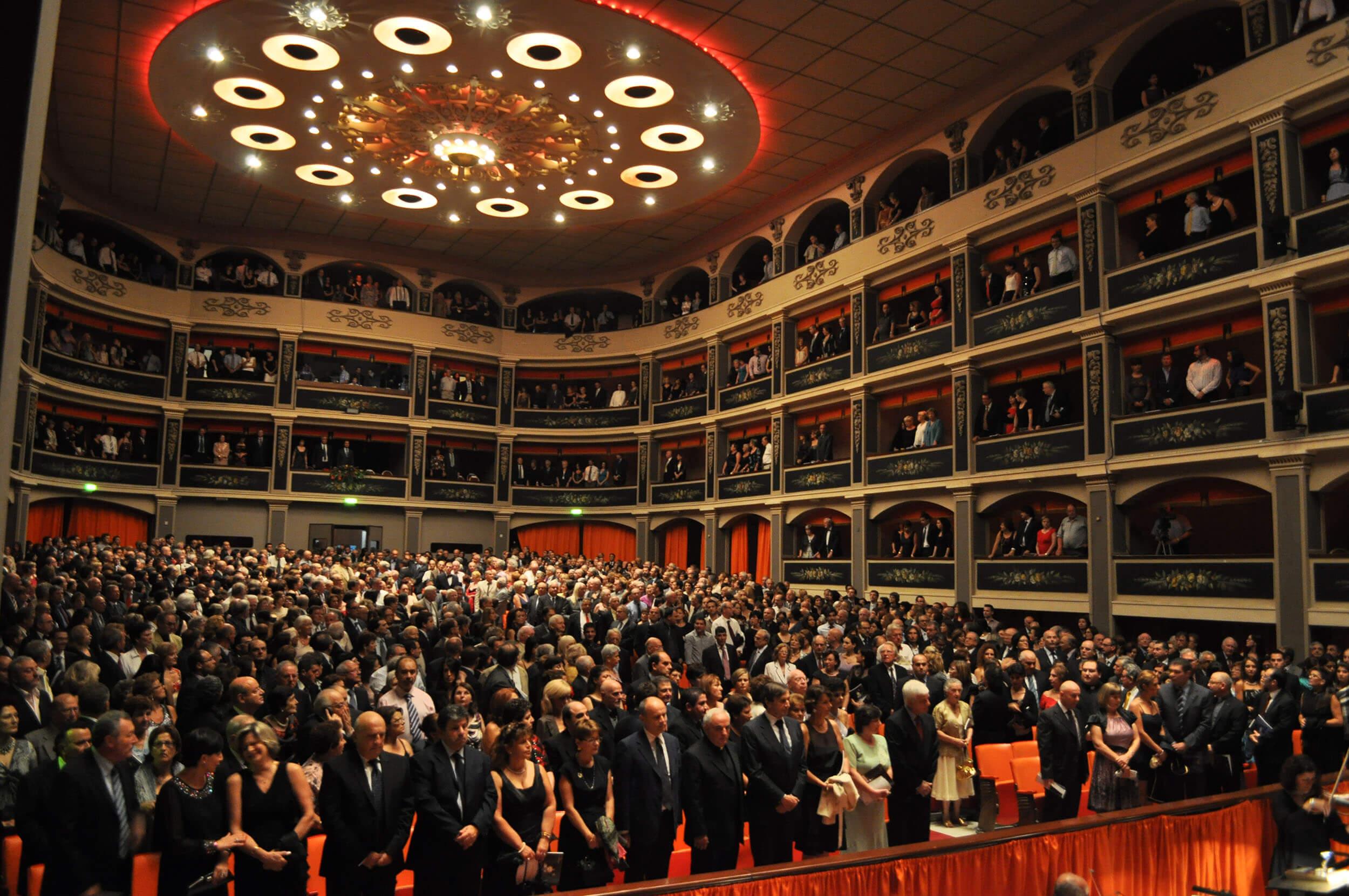 opera-audience