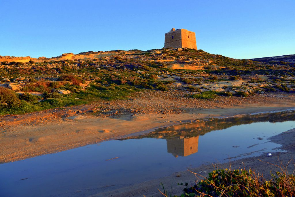 Dwejra Tower, Discover Gozo's Coastal Towers, Forts and Batteries in a Day