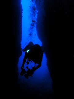 Taċ-Ċawla-Caves-Gozo-Diving-2-240x320