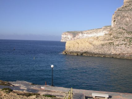 Xlendi-Cave-Reef-Gozo-Diving-1-427x320