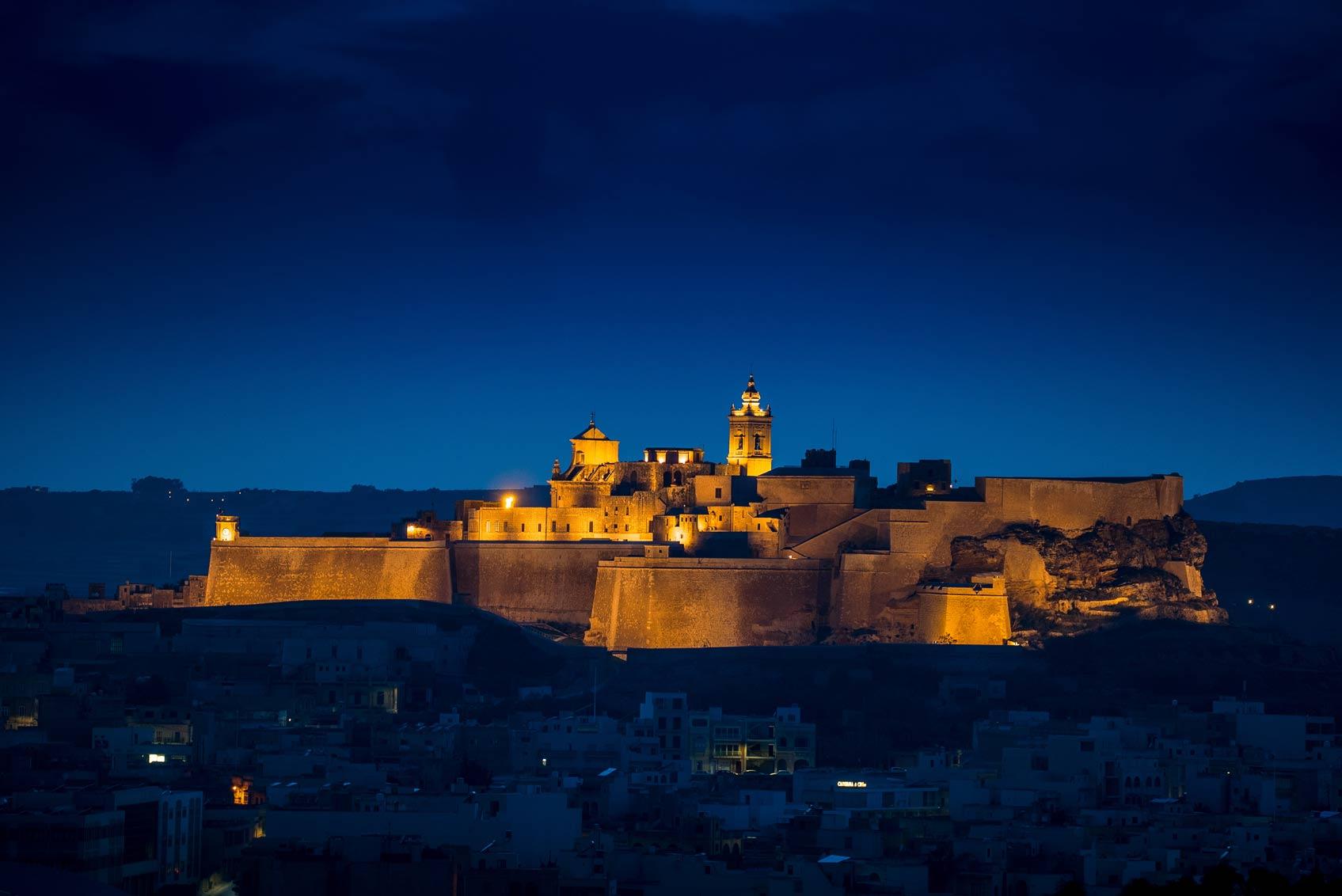 gozo-citadel-at-night