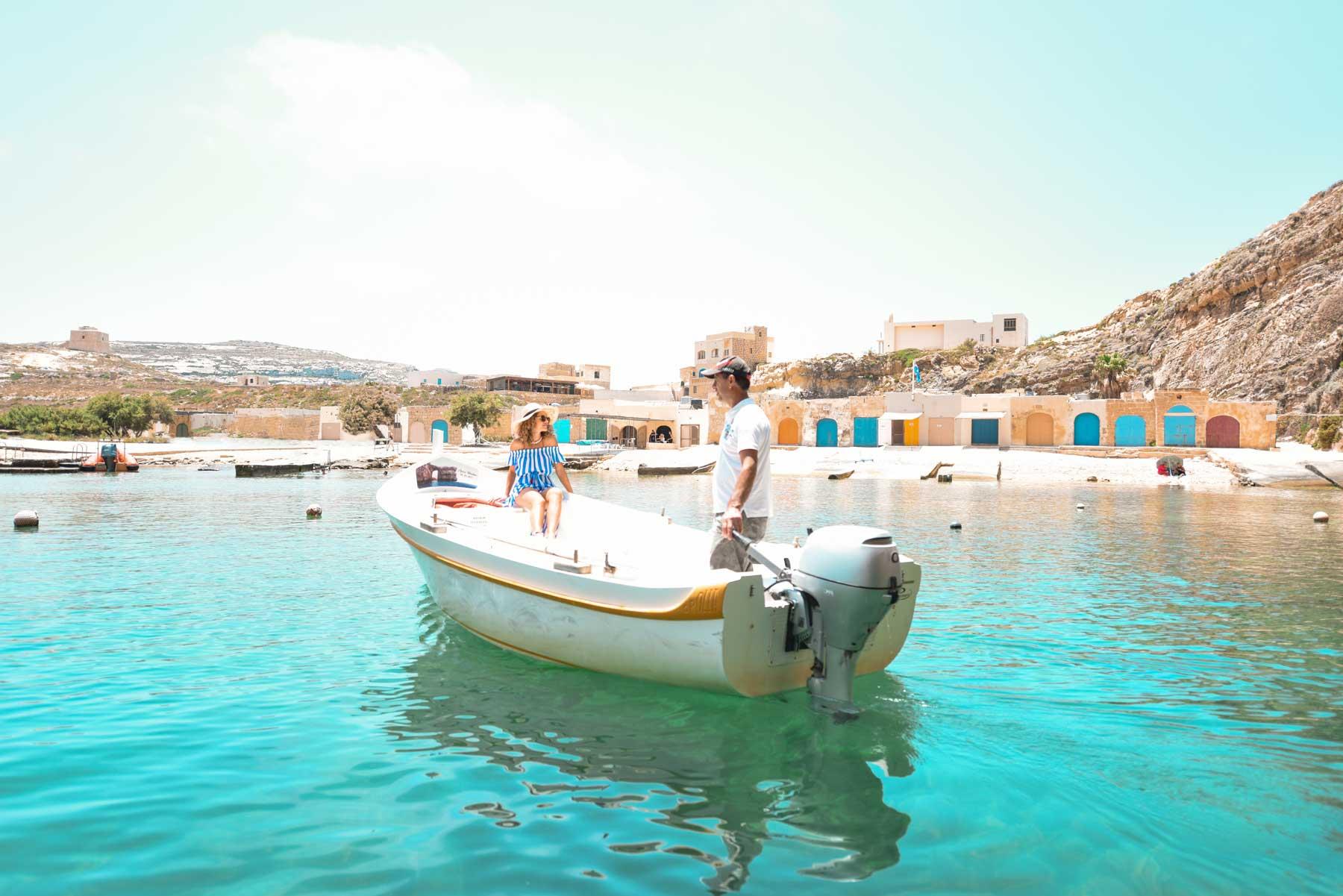 Dwejra-Boat-Ride