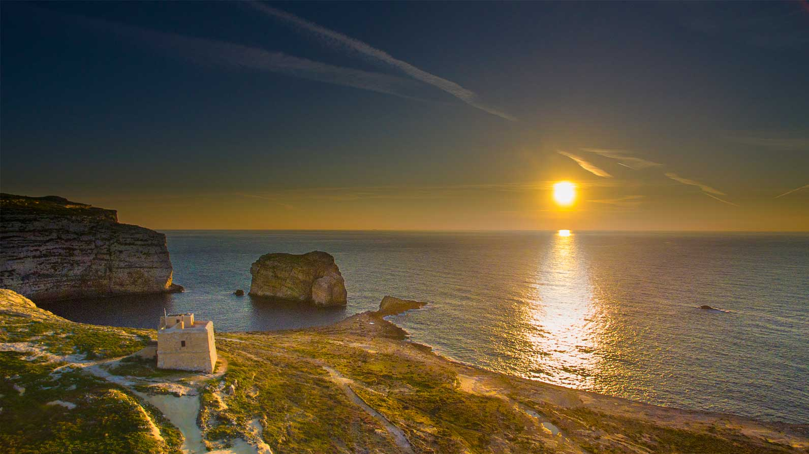 Dwejra-sunset-Gozo-tower