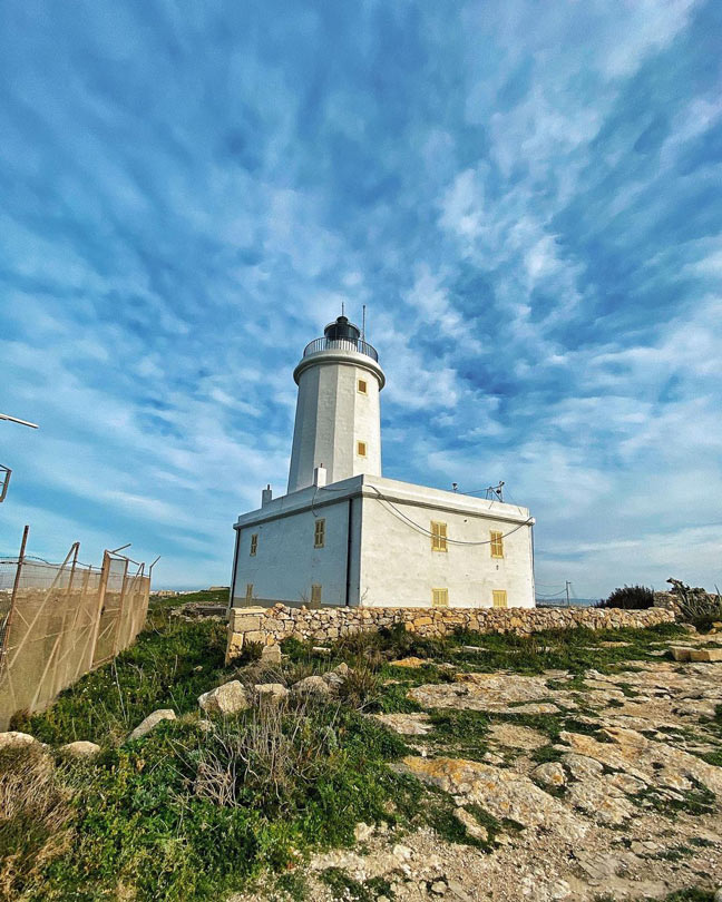 Gurdan-lighthouse-Gozo
